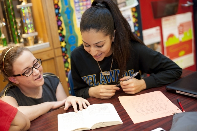 High schoolers can make a lot of money by setting up a tutoring business